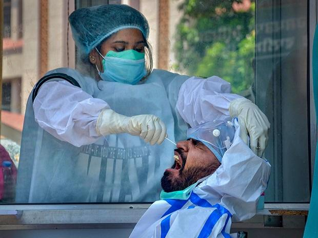 Record 95,735 infections, 1,172 fatalities take COVID caseload past 44 lakh, death toll to 75,062