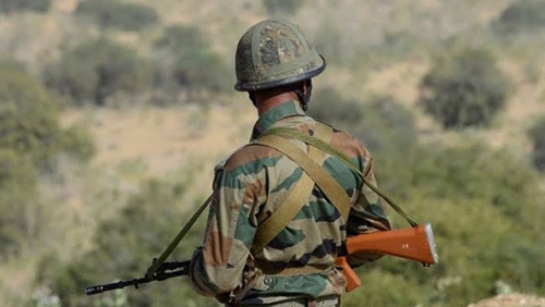 Two army porters injured as Pak violates ceasefire along LoC