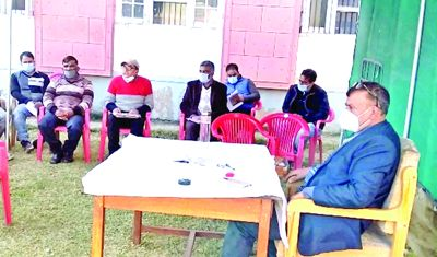 DC reviews arrangements for upcoming JNV exams
