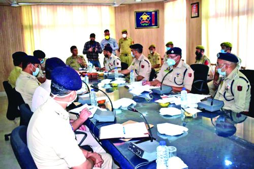 IGP Jammu reviews law & order situation ahead of Zila Parishad elections