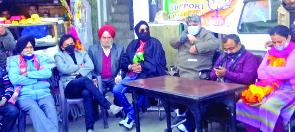 Country is safe in hands of Modi: Randhawa