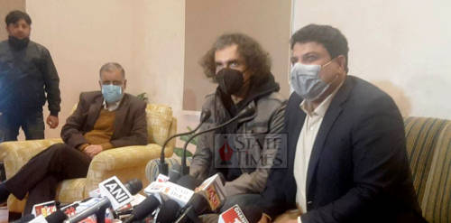 Bollywood Director Imtiaz Ali alongwith Secretary Tourism, Culture, YS & Sports Sarmad Hafiz interacting with media persons in Jammu