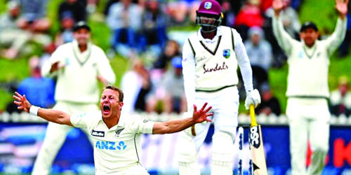 New Zealand closes in on victory in 2nd test vs West Indies