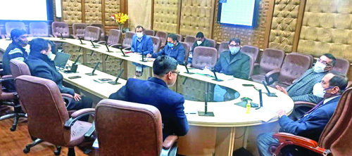 Advisor Bhatnagar reviews performance of JKPCC