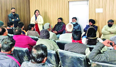 Apni Party holds meet with over 40 DDC candidates