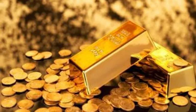 Gold falls Rs 118; silver drops Rs 875