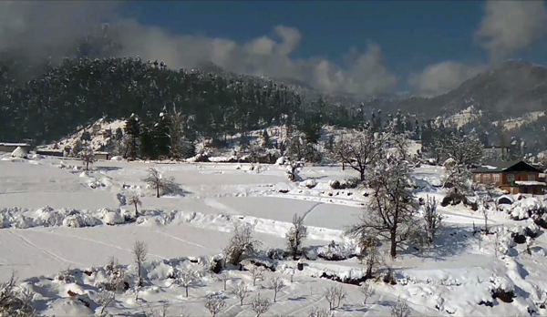 Snowfall brings new hopes for winter tourism in Bhadarwah