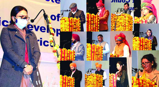 278 elected DDC members including 110 of PAGD pledge to bear true faith, allegiance to Constitution of India