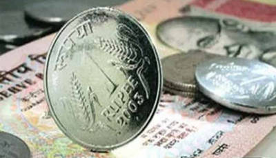 Rupee rises 6 paise to 73.52 against US dollar in early trade