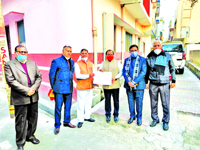 Arya Pratinidhi Sabha delegation calls on LG, submits memorandum