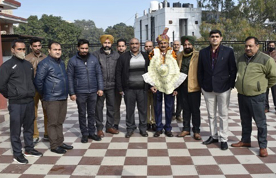 SI Jagdish Singh accorded warm send off on retirement