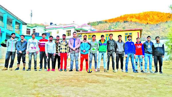 Samote Club lifts volleyball trophy