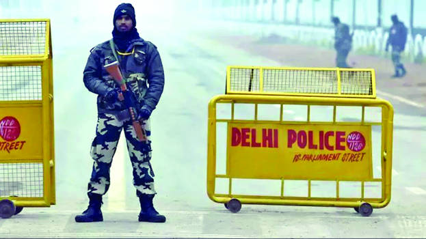 Delhi Police sets up solar energy-enabled modern beat booth at India Gate