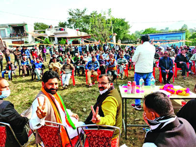 BJP will emerge as triumphant in DDC elections: Randhawa