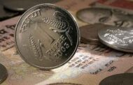 Rupee edges 4 paise lower to 73.03 against USD in early trade
